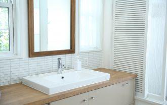 LIMIA「生活感を出さないけど使いやすい洗面所収納」を紹介